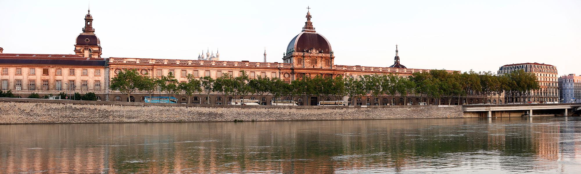 Information et Aide aux Stomisés du Lyonnais